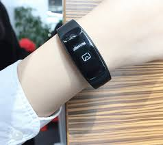 ID107 smartwatch